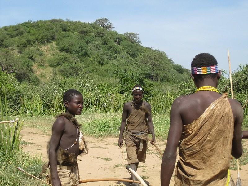hadzabe tribe cultural tour lake eyasi