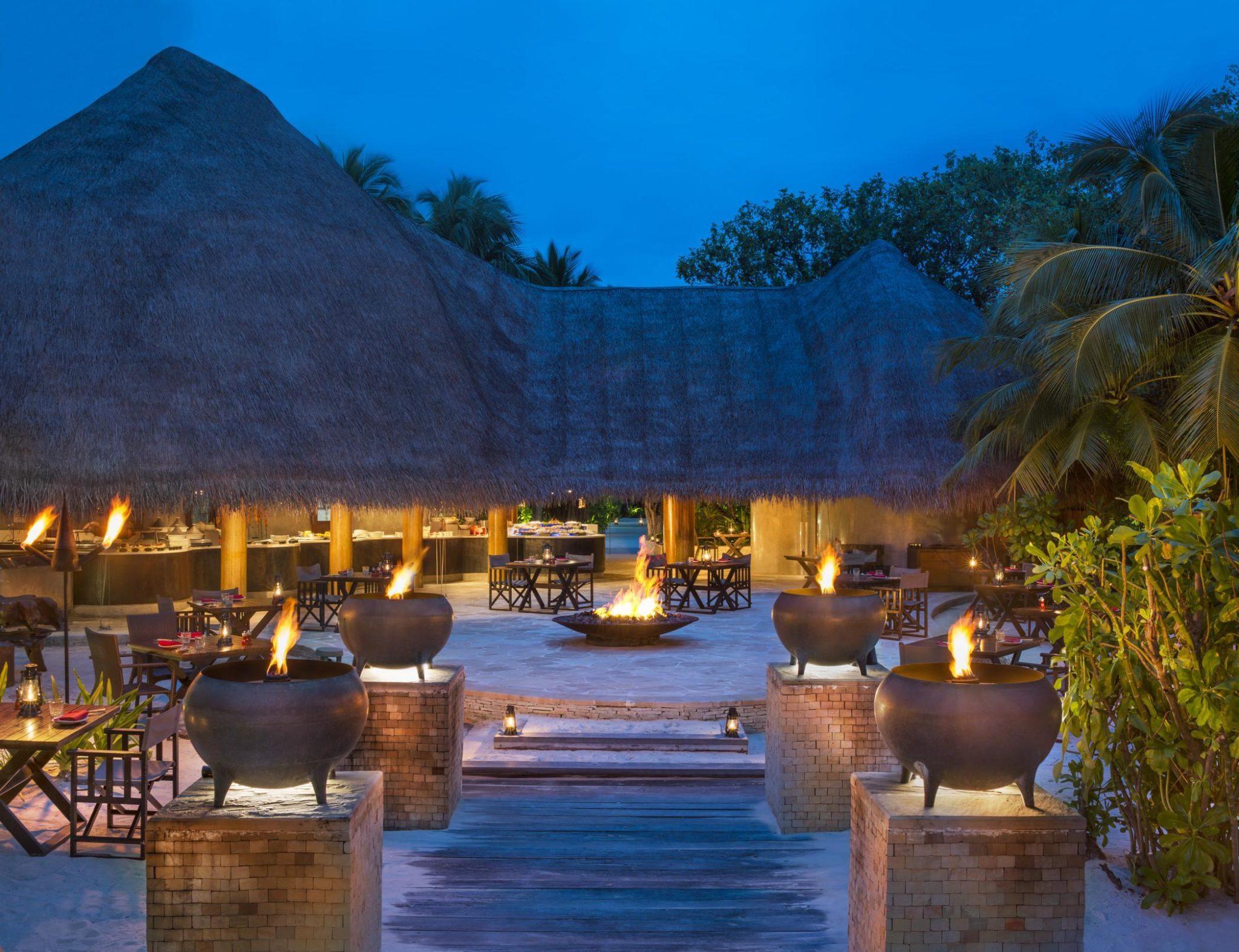 fire restaurant w maldives