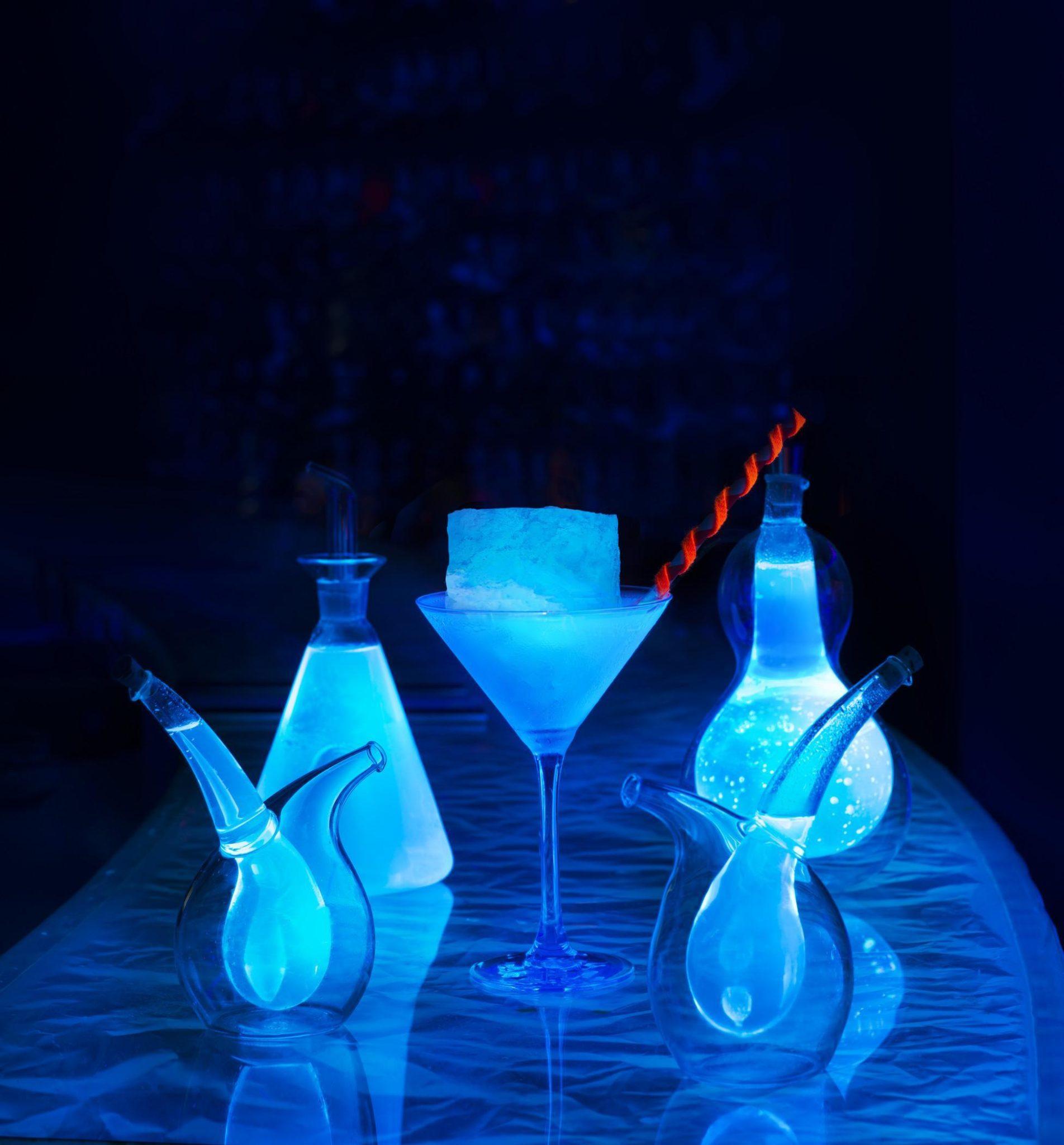 15 below w maldives night club