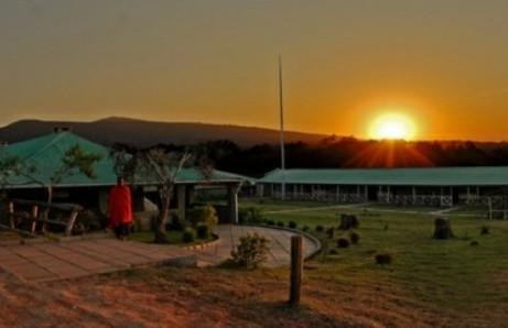 Rhino Lodge -safari to africa accommodation