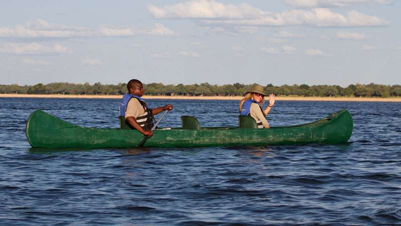 Canoeing Safari in Zimbabwe