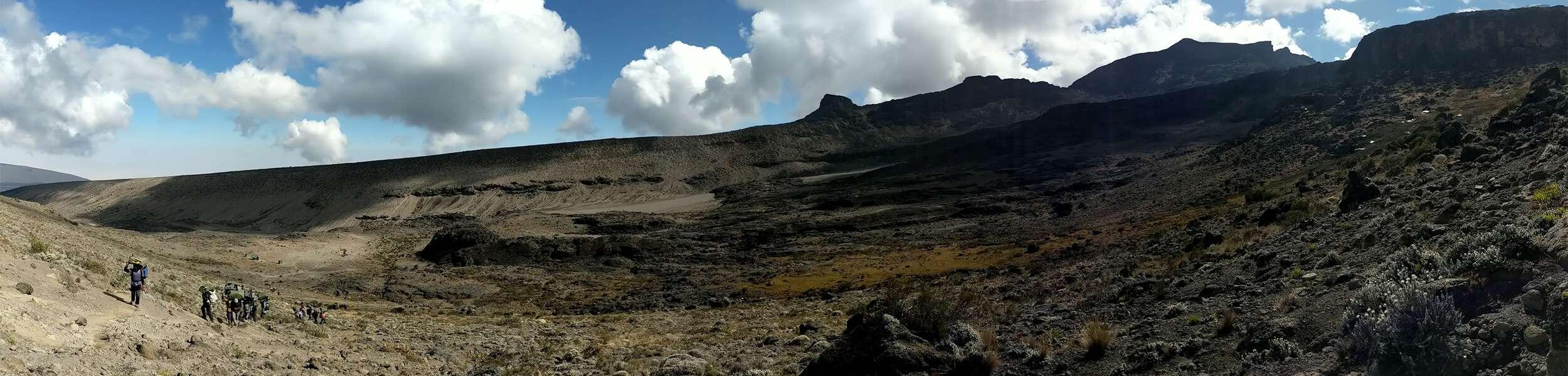 Kilimanjaro_panorama