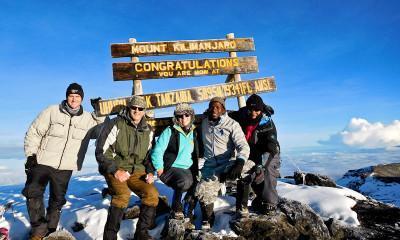 uhuru peak kilimanjaro summit 2